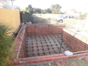 Das neu gebaute Pool > CIMG0540