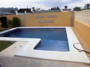 Das neu gebaute Pool > CIMG0558 2